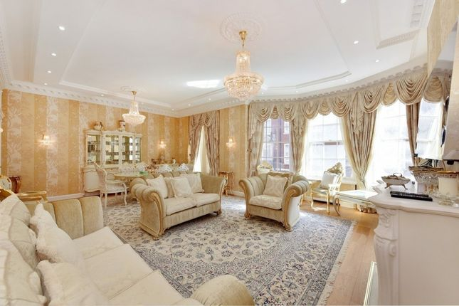 Thumbnail Flat to rent in Grosvenor Square, Mayfair