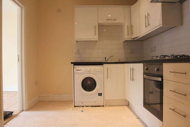 Thumbnail Maisonette to rent in South Road, Southall