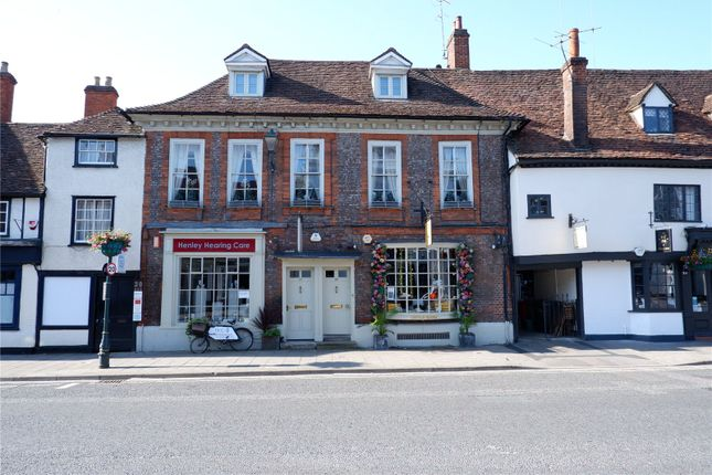 Thumbnail Flat for sale in Hart Street, Henley-On-Thames, Oxfordshire