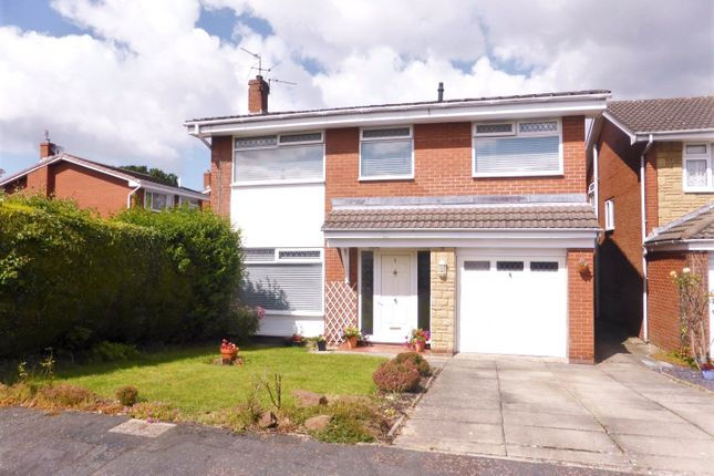 Thumbnail Detached house for sale in Bradden Close, Spital