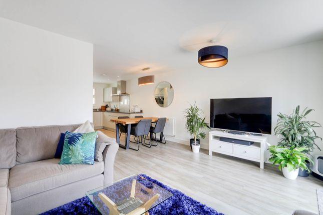 Living Room of Elmfield Way, Kingsteignton, Newton Abbot TQ12