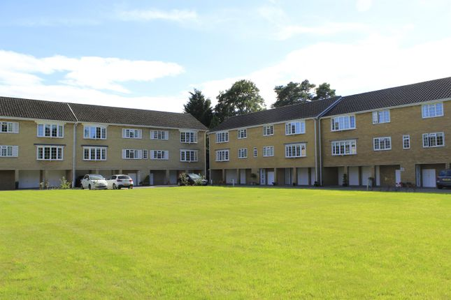 Thumbnail Flat for sale in Leconfield Court, Wetherby