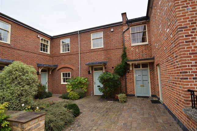 Thumbnail Town house to rent in Purley Magna, Purley On Thames, Reading