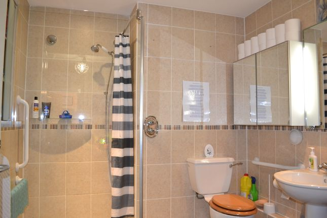Bath/Wet Room of Oakbridge Drive, Buckshaw Village PR7