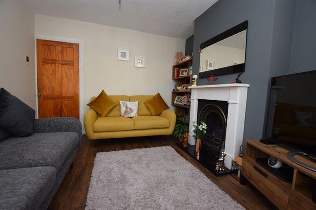 Lounge of Chaddesden Park Road, Chaddesden, Derby DE21
