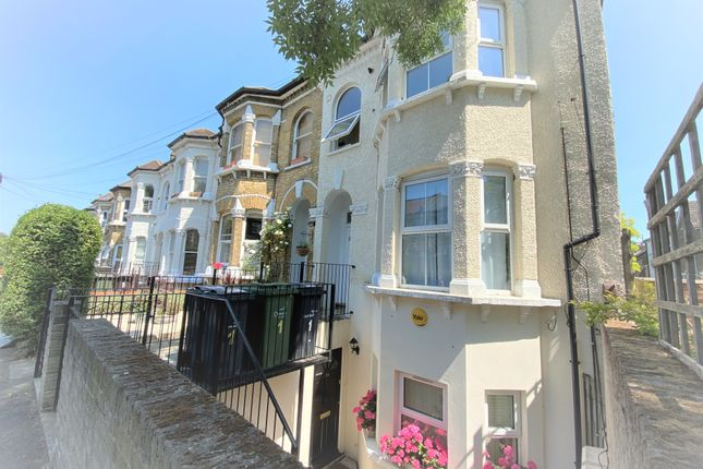 Thumbnail Duplex to rent in Whiteley Road, London