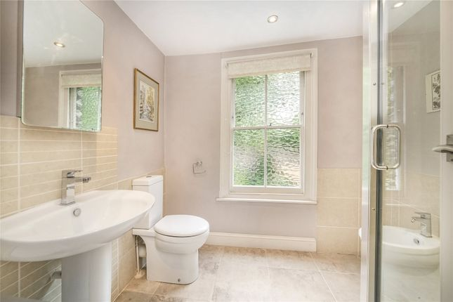 Bathroom of Sutherland Road, Chiswick, London W4