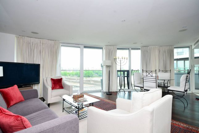 Thumbnail Flat to rent in Chelsea Bridge Wharf, Battersea