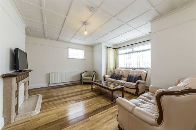 Thumbnail Property to rent in Lowfield Road, London