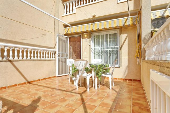 2 bed apartment for sale in Cervantes, Guardamar Del Segura, Spain