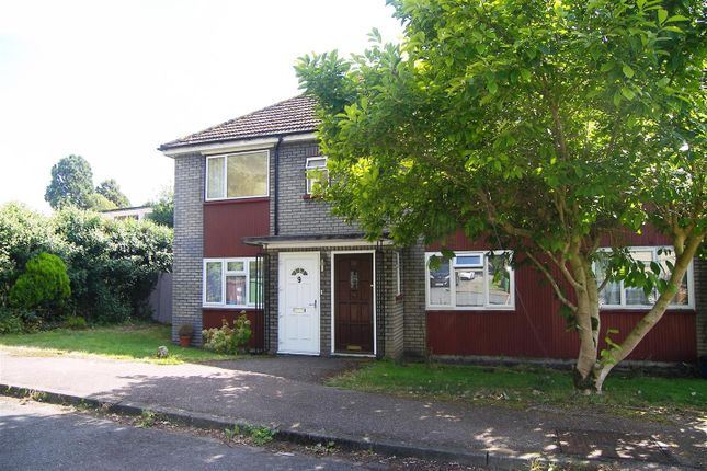 Thumbnail Maisonette to rent in Rosary Court, Potters Bar