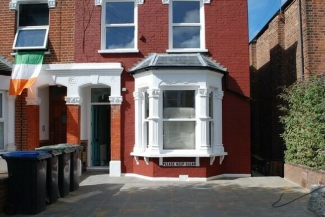 Thumbnail Semi-detached house to rent in Westbury Avenue, Bounds Green
