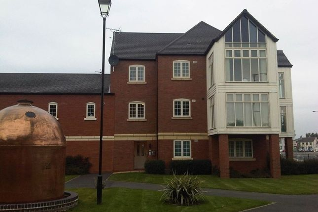 Flat to rent in Evershed Way, Burton Upon Trent, Staffordshire