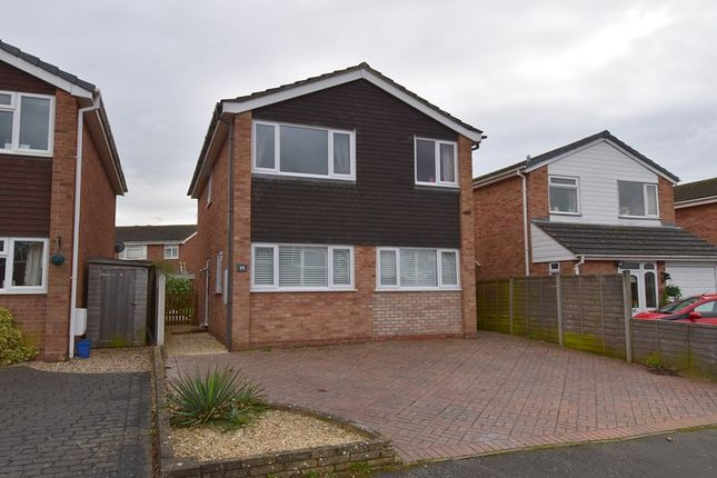 Thumbnail Detached house for sale in Willow Drive, Droitwich
