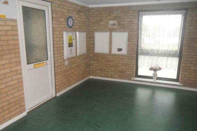 Thumbnail Flat for sale in Melford Court, Scunthorpe