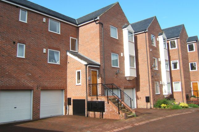 Thumbnail Flat to rent in Wellway Court, Morpeth
