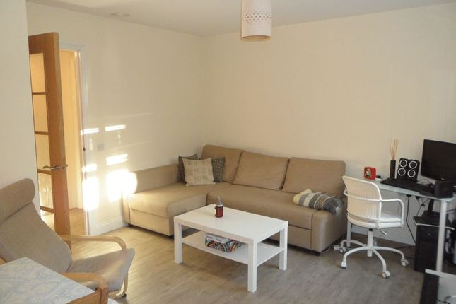1 bed flat to rent in Feathers Lane, Basingstoke