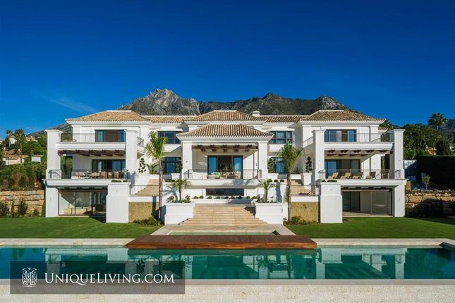 Thumbnail Villa for sale in Sierra Blanca, Marbella, Costa Del Sol