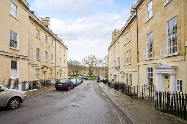 Thumbnail Flat to rent in Park Street, Bath