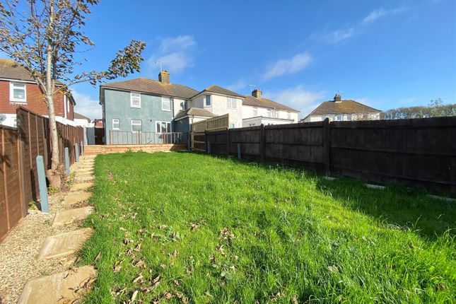3 bed property to rent in Florence Avenue, Hove BN3
