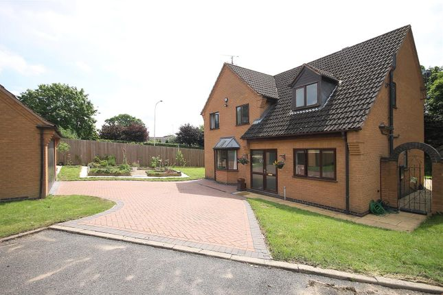 Thumbnail Detached house for sale in Treeneuk Close, Chesterfield