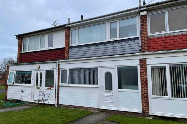 3 bed terraced house to rent in Links View, Blyth NE24