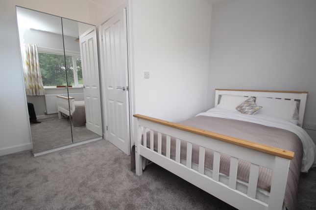 Thumbnail Town house for sale in Sandon View, Hunslet, Leeds