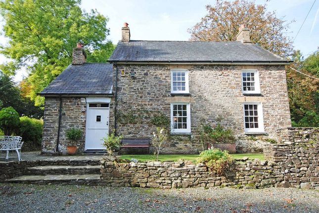 Thumbnail Country house for sale in Gorsgoch, Llanybydder, Ceredigion