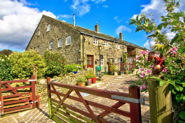 Thumbnail Farmhouse for sale in Extwistle Road, Worsthorne, Burnley