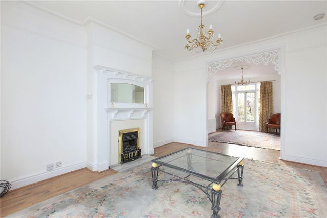 Thumbnail Terraced house to rent in Clapham Common West Side, Battersea, London