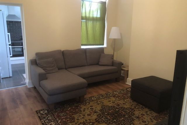 Thumbnail Room to rent in Dalkeith Street, Walsall