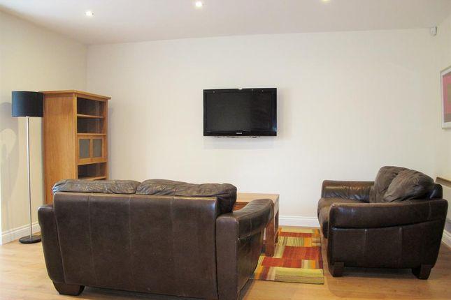 Lounge of Cambridge Square, Linthorpe, Middlesbrough TS5