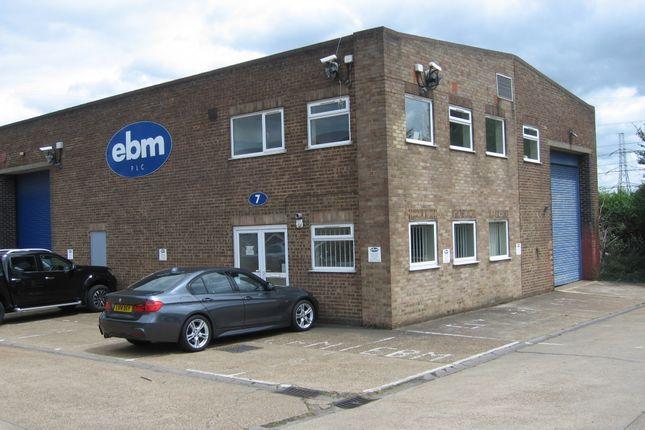 Thumbnail Warehouse to let in Fairview Industrial Estate, Rainham