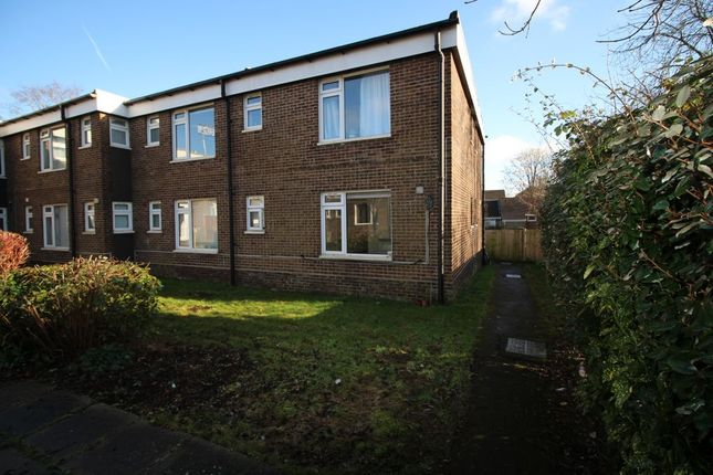 1 bed flat to rent in Claylands Rd, Bishops Waltham