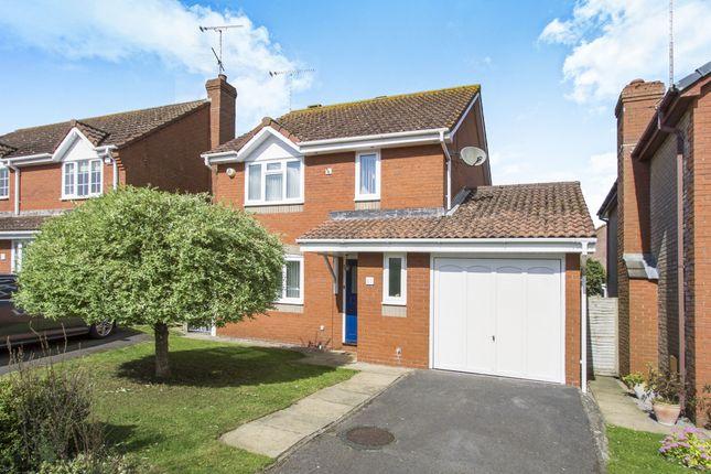 Thumbnail Detached house for sale in Kingfisher Drive, Durrington, Salisbury