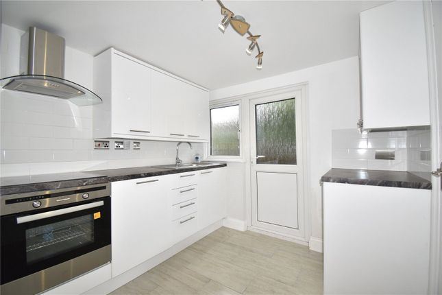 Thumbnail Terraced house to rent in Mayes Road, Wood Green, London