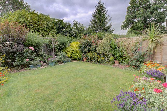 Garden of Hall Hurst Close, Loxwood, Billingshurst RH14