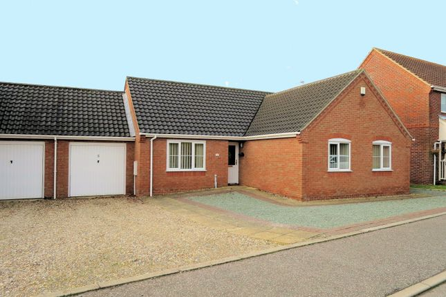 Thumbnail Bungalow for sale in Yareview Close, Reedham