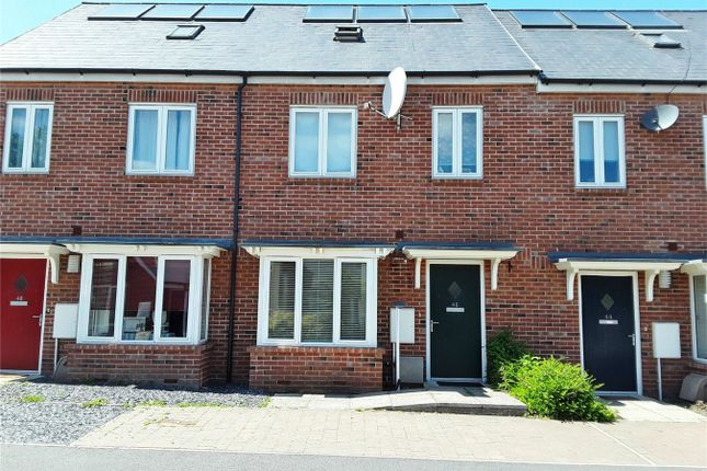 Thumbnail Terraced house to rent in Regent Street, Off Heslington Road, York