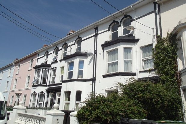 Thumbnail Flat to rent in Barton Crescent, Dawlish