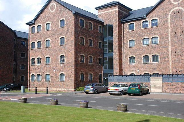 Thumbnail 1 bedroom flat to rent in James Watt Way, Greenock
