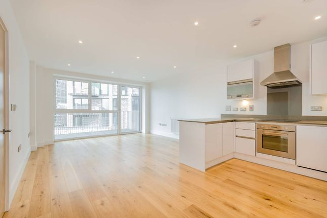 Thumbnail Flat to rent in St Vincent Court, Canning Town