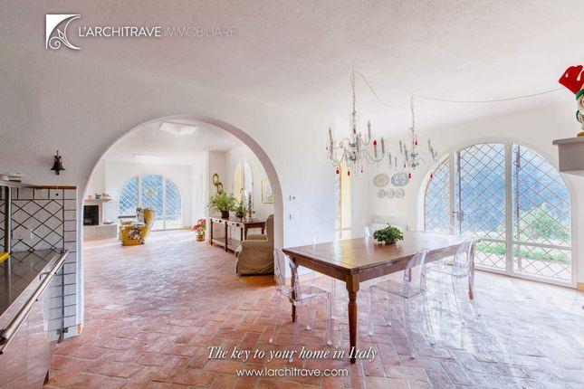Thumbnail Villa for sale in Tuscany, Pisa, Riparbella