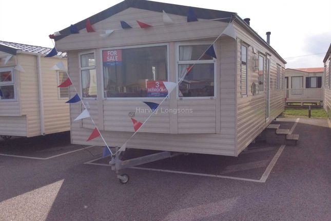 Thumbnail Mobile/park home for sale in St Osyth Beach Holiday Park, Beach Road, St Osyth, Clacton-On-Sea