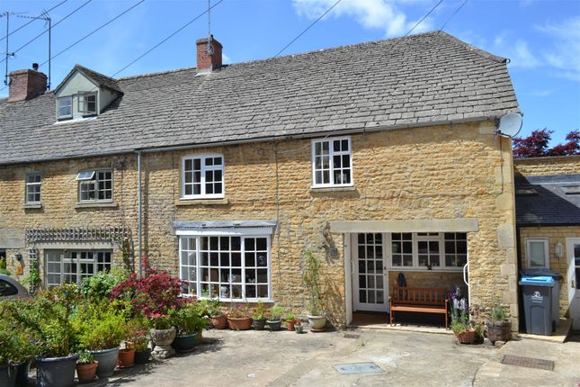 Thumbnail Cottage for sale in Kings Head Mews, Chipping Norton