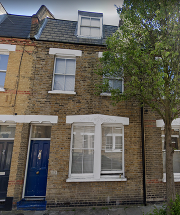 Thumbnail Room to rent in Senrab Street, Stepney Green