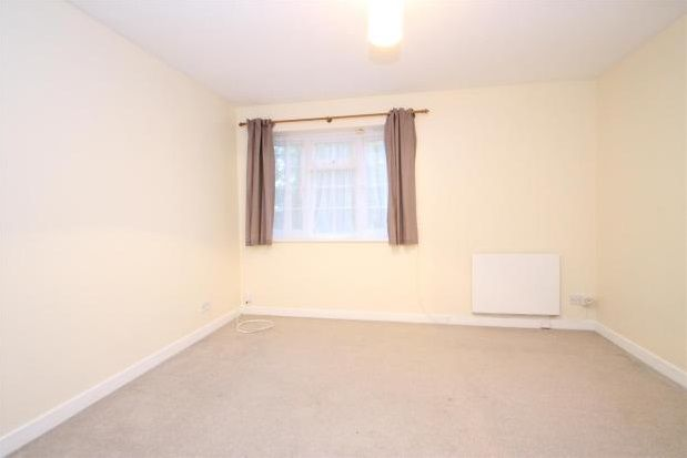 Thumbnail Semi-detached house to rent in Audley Walk, Orpington