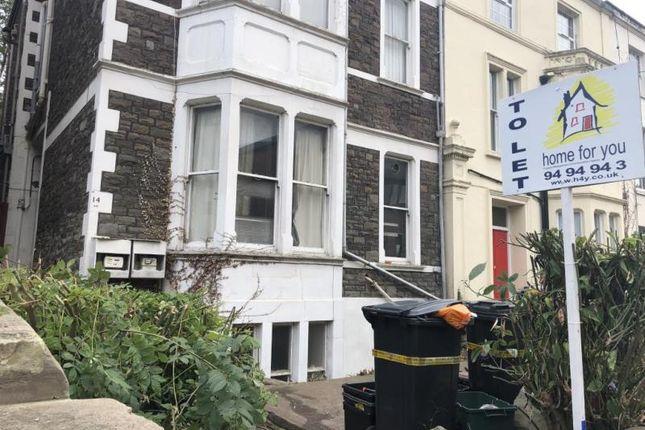 Thumbnail Flat to rent in 14 West Pk, Flat A, Clifton, Bristol