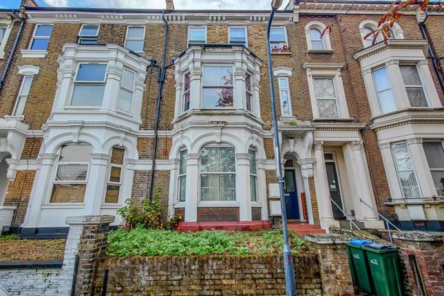 4 bed flat for sale in Edge Hill, London SE18