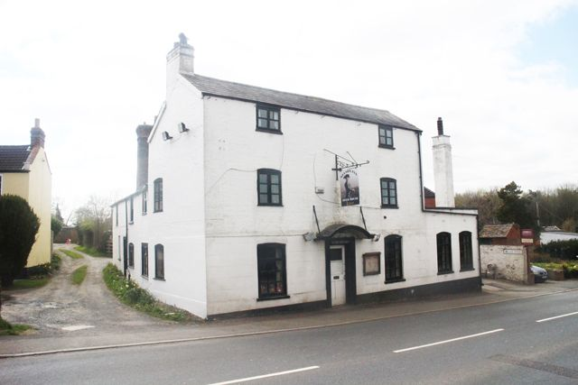Thumbnail Pub/bar for sale in Rock Green, Ludlow